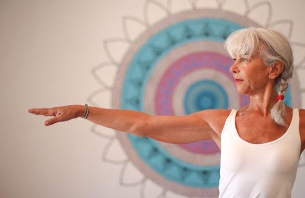 Virabhadrasana Yogarose Biarritz
