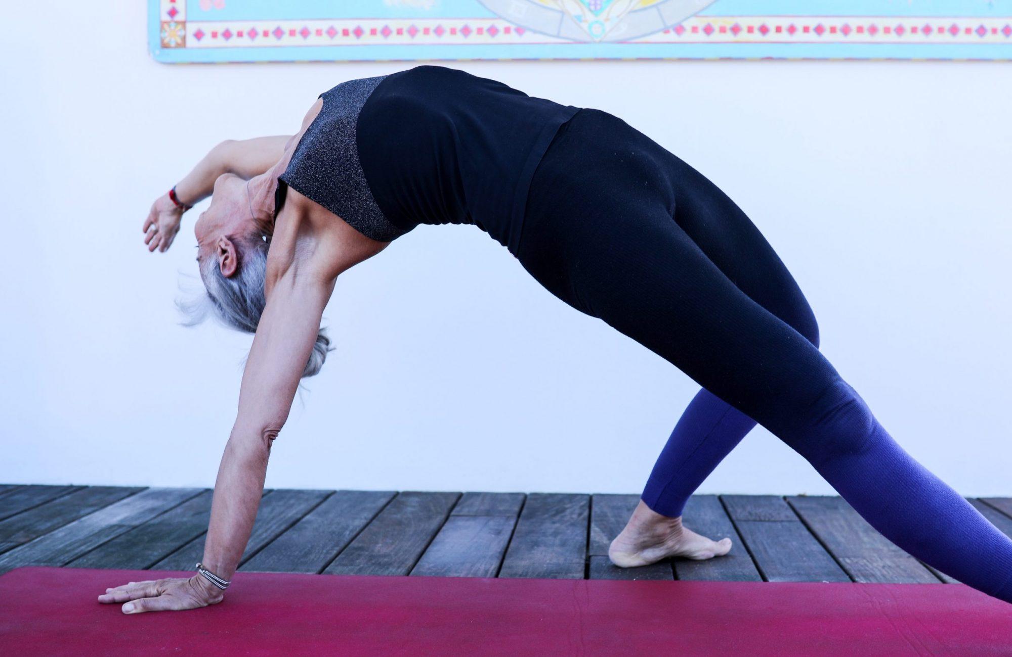 Anusara Yoga Wild Thing Yogarose Biarritz